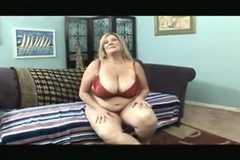 Hot Curvy Cougar Deedra Rae