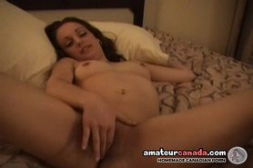Teen girlfriend fingering pussy and laughing joke as she sucks