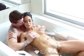 Juicy oral creampie with Nikki Daniels