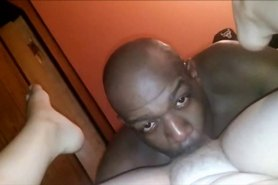 Amateur MILF sexo oral interracial