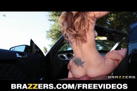 Slutty teen daughter Staci Silverstone rides dick