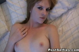 Sexy Redhead Loves Masturbating Her Wet Cunt