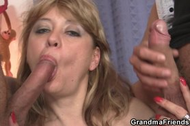 She sucks and rides cock at same time