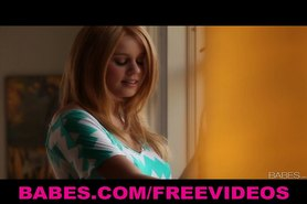 Cute blonde teen masturbates while on the phone with her man