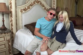 Pretty milf sharing the load with teen