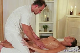 Masseur gives creampie to hot brunette after good fuck