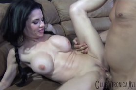 Veronica Avluv Squirts from Porno Dan