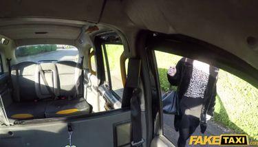 Taxi Milf Blondine Britische Fake Fake Taxi