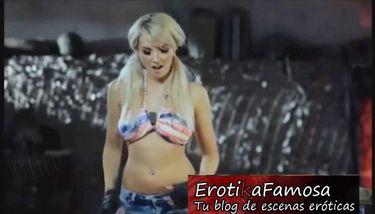 Mujer rubia se desnuda en su camara TNAFlix Porn Videos