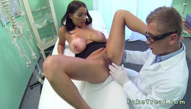 Doctor rubs pussy of huge tits patient in fake hospital TNAFlix ...