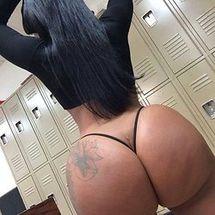 HollBoobs's Favorite Porn Videos, Explicit XXX Photos & More