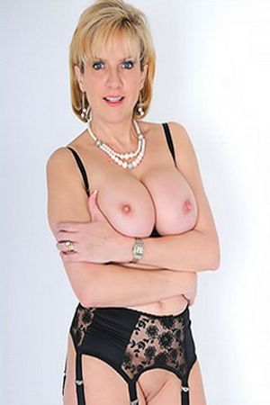 Lady Sonia's Free Porn Videos, Porn Pics, Profile & More