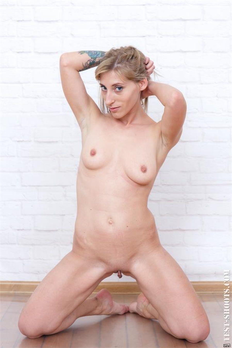 Florencia Lozano Nude
