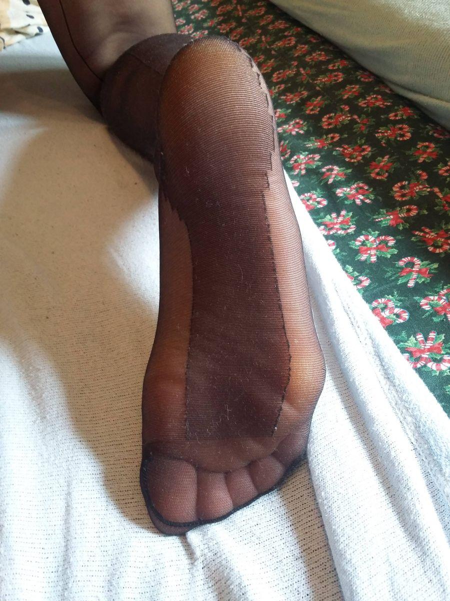 Pantyhose feet tube galleries