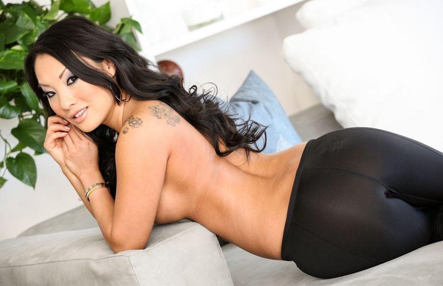 asian spandex - Silklace1's sex videos & porn photo galleries.