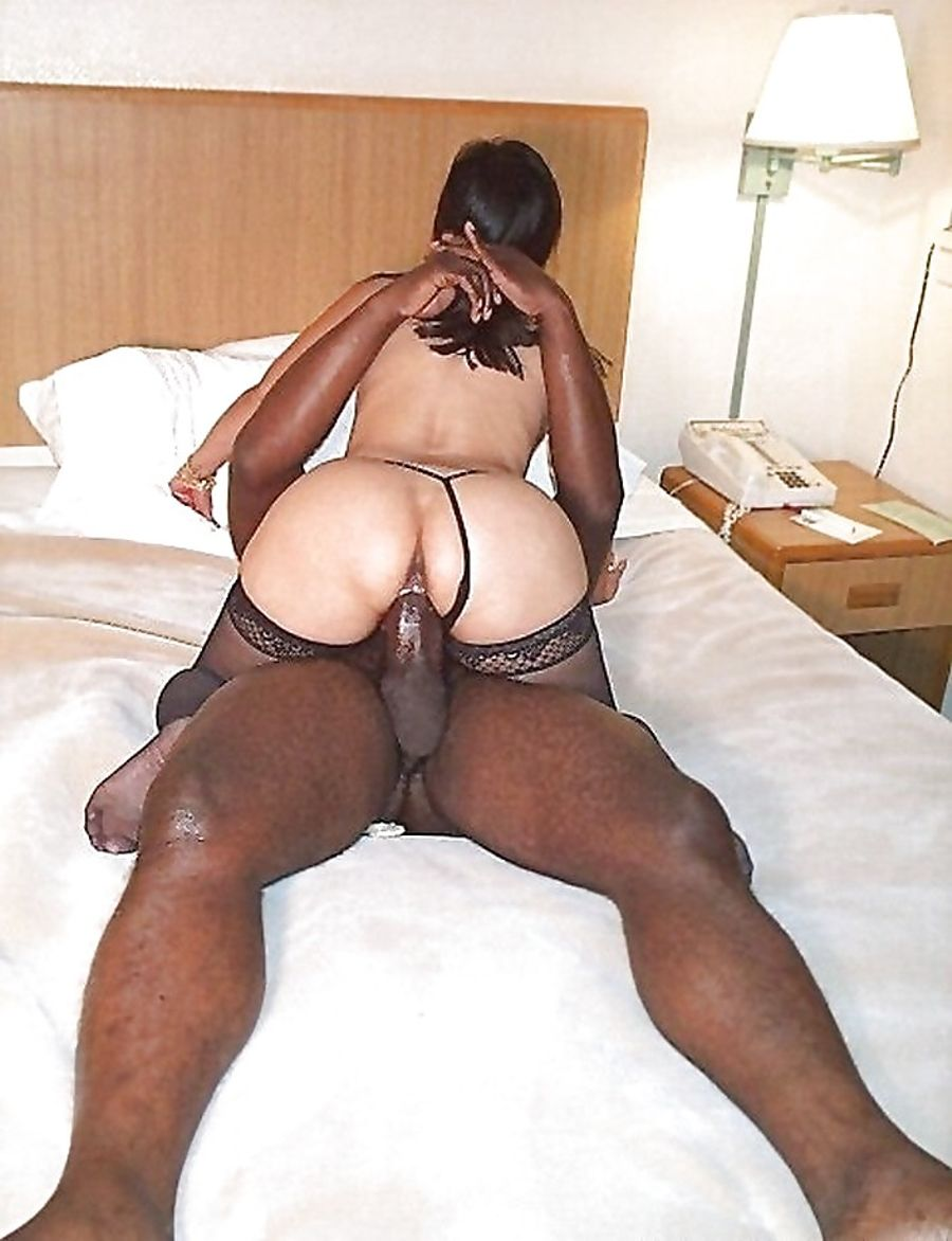 Black Woman Riding On Big Black Vibrator