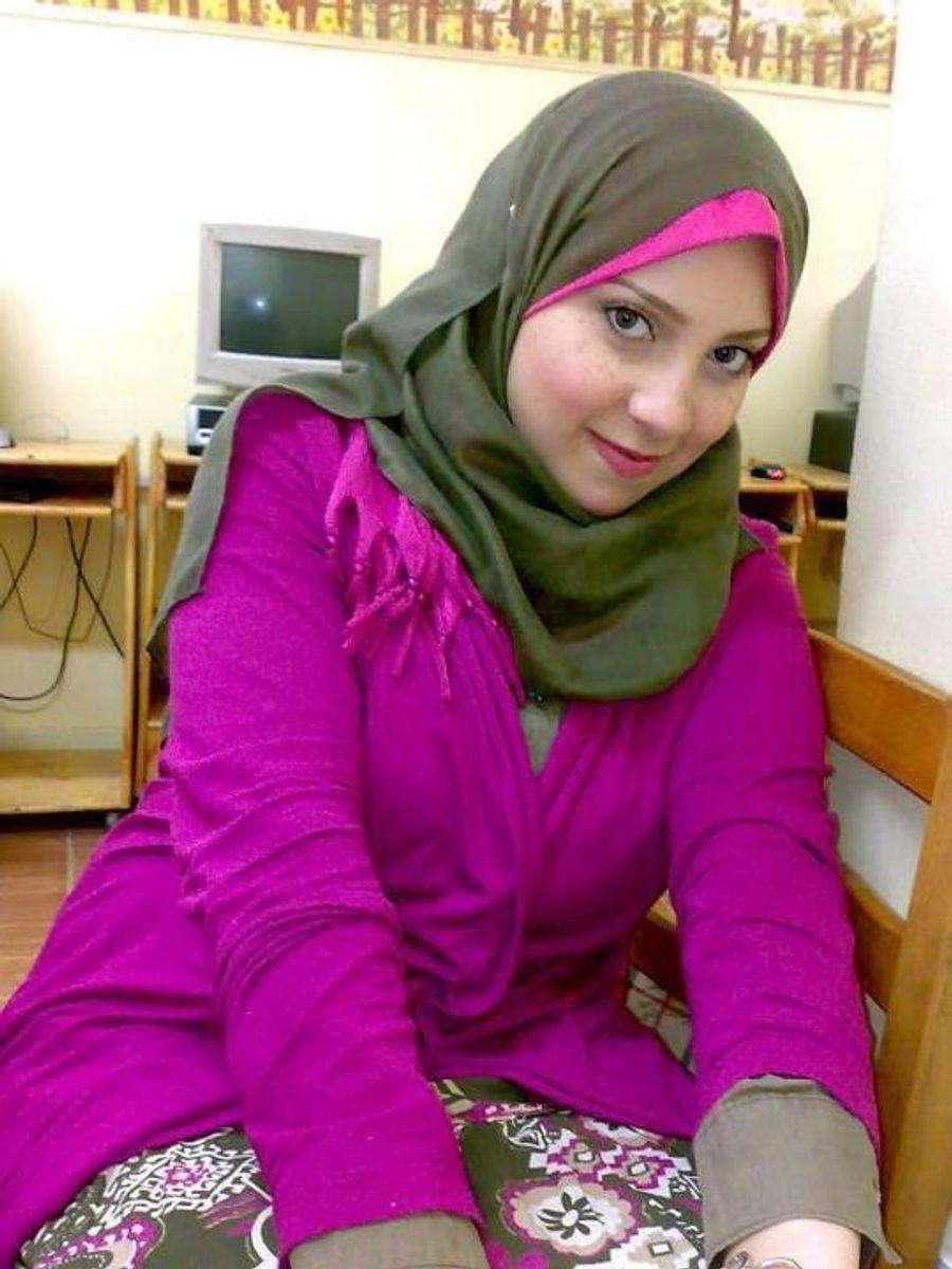Having muslim gifs wives sex