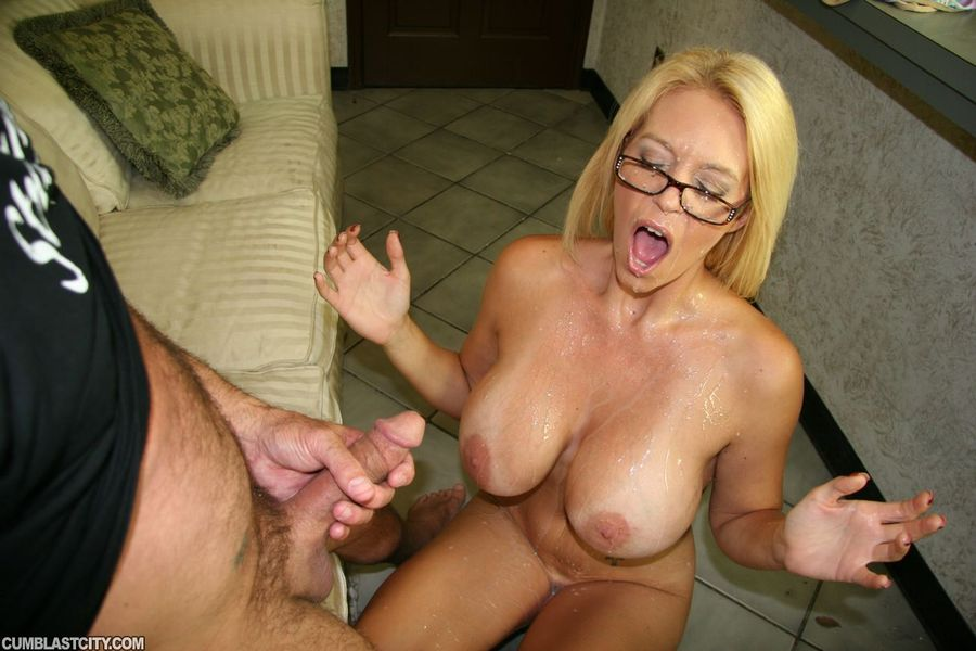 Milf wife tortures cock and balls