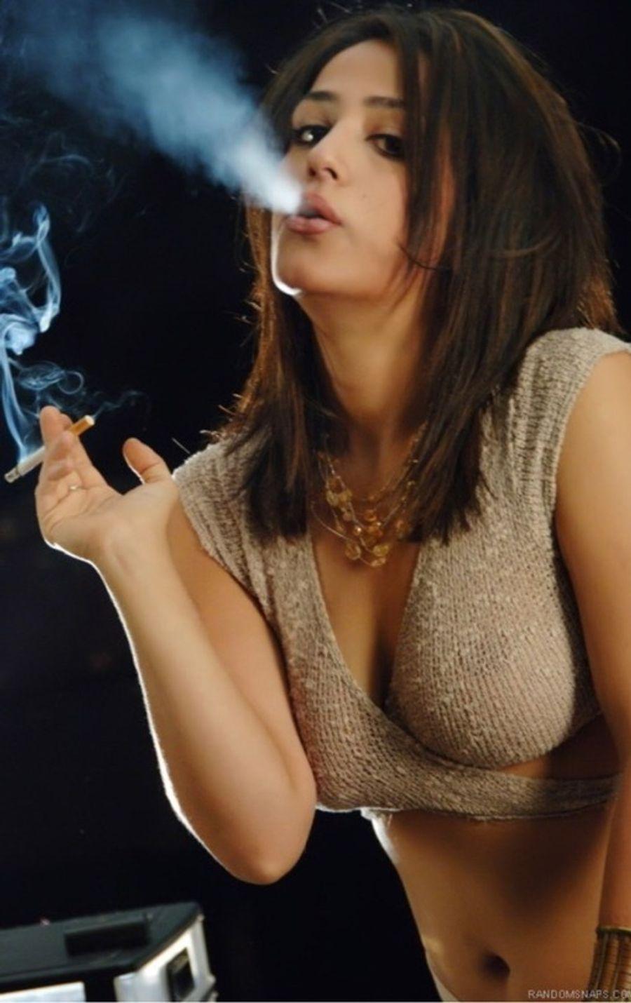 showing-virgin-sexy-girls-blowing-smoke