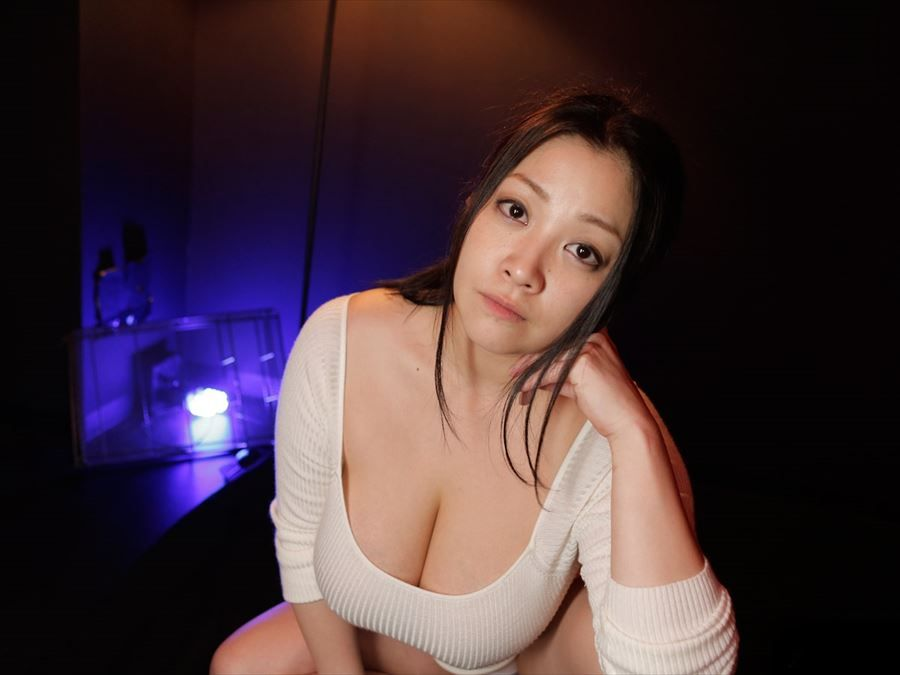 Busty and beautiful japan porn girl