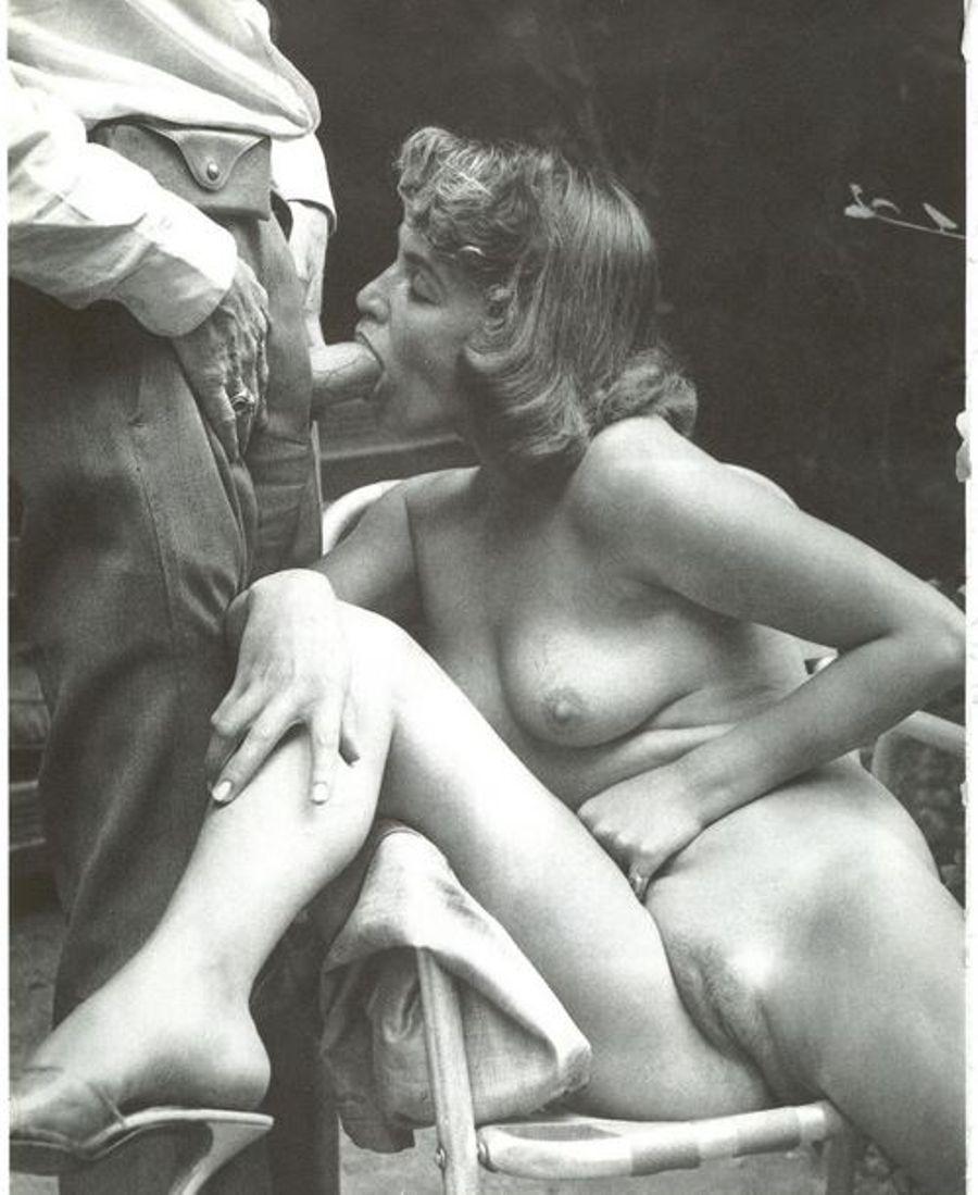 Vintage Nude Women Photos