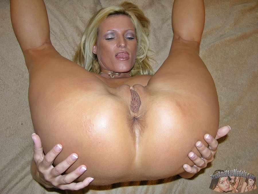 blonde Hot sex amateur milf