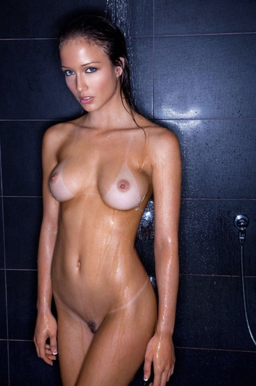 Lines nude tan brunette