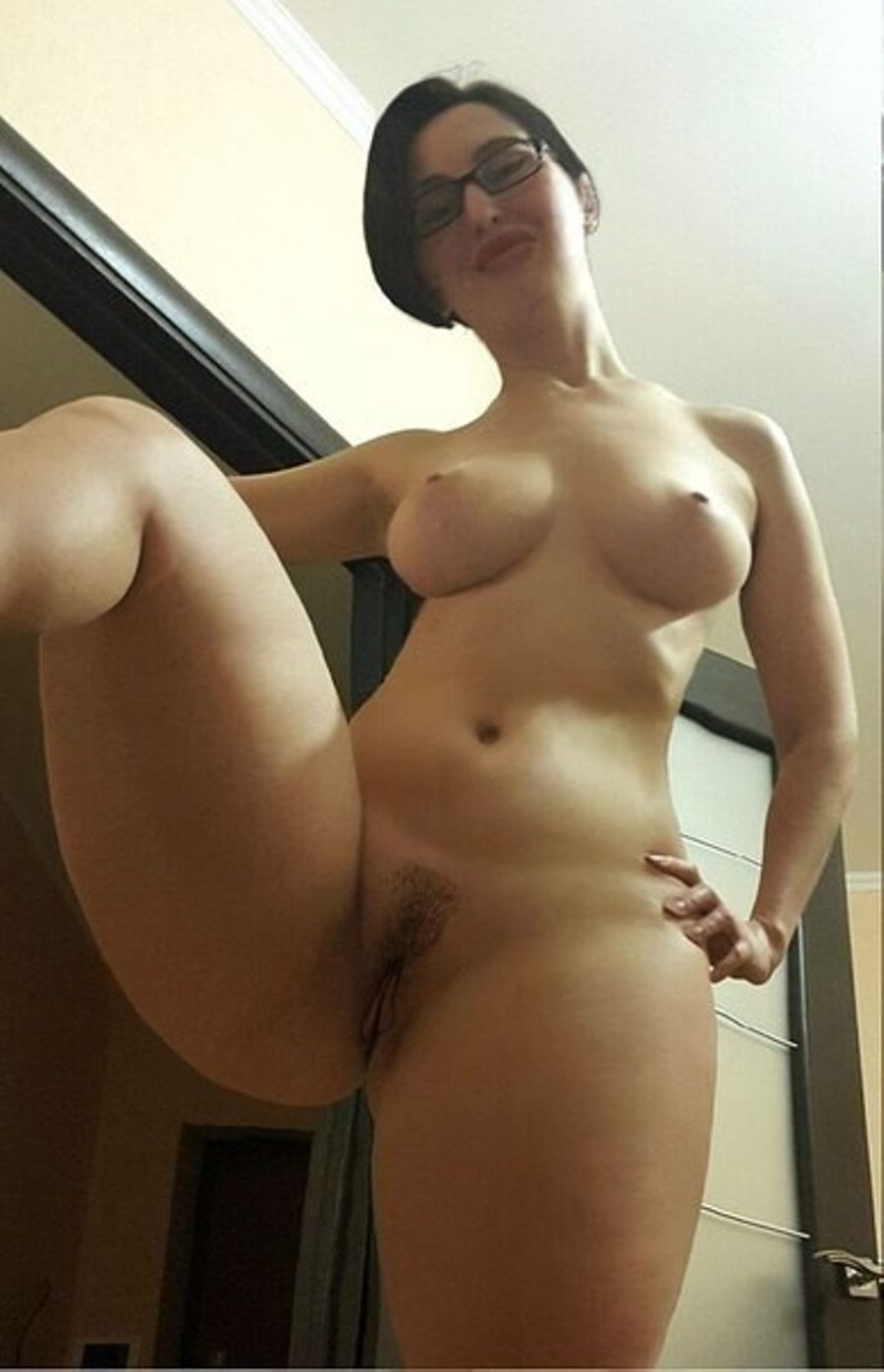 Curvy wide hips big ass milf