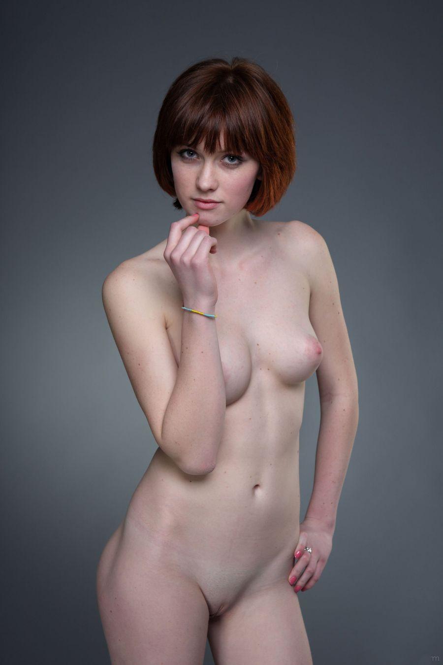 nude-short-red-hair-woman-kolly-wood-actress-naked-sex